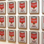 Foto: Andy Warhol: Campbell's Soup Cans (MoMA - New York). Sergio Calleja, CC BY-SA 2.0.